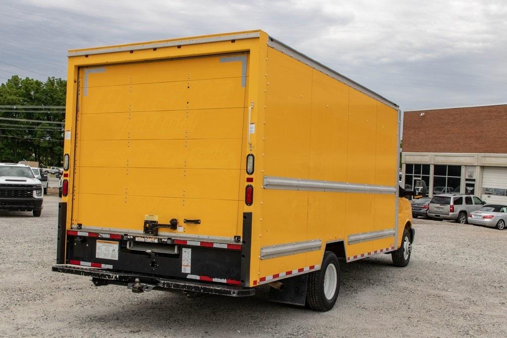 2015 Savana 3500 4x2, Cutaway Van #5K4203 - photo 7