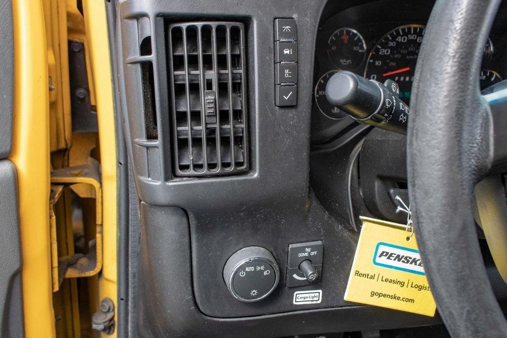 2015 Savana 3500 4x2, Cutaway Van #5K4205 - photo 36