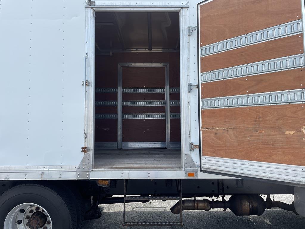 2013 International DuraStar 4300 4x2, Dry Freight #5K5143 - photo 35