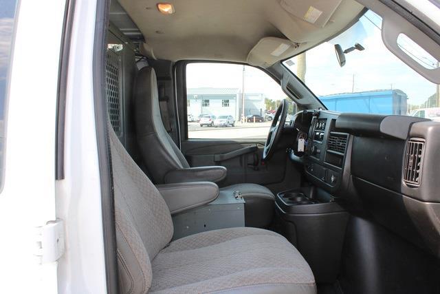 2016 Savana 2500 4x2,  Empty Cargo Van #5K5666 - photo 10