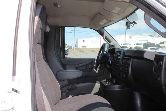 2020 Savana 2500 4x2,  Empty Cargo Van #5K5667 - photo 10
