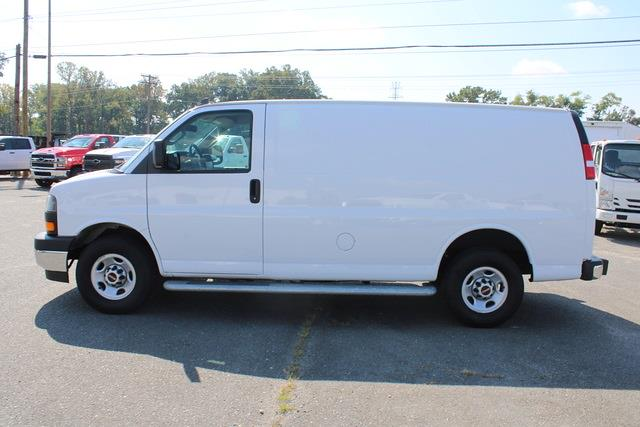 2020 Savana 2500 4x2,  Empty Cargo Van #5K5667 - photo 3