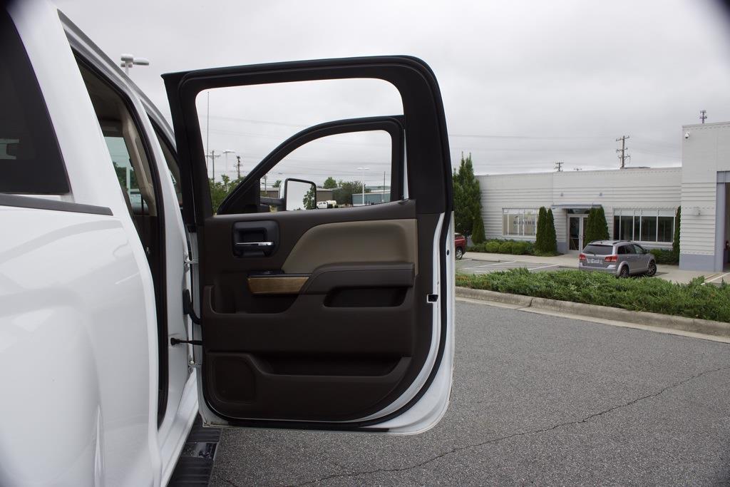 2019 Chevrolet Silverado 2500 Crew Cab 4x4, Pickup #7K5343 - photo 40