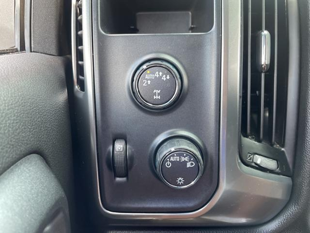 2018 Chevrolet Silverado 1500 Double Cab 4x4, Pickup #7K5423 - photo 15
