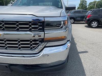 2018 Chevrolet Silverado 1500 Double Cab 4x4, Pickup #7K5423 - photo 11