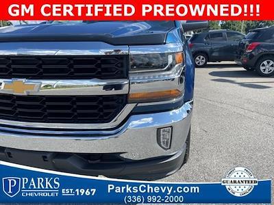 2017 Chevrolet Silverado 1500 Double Cab 4x4, Pickup #7K5462 - photo 3