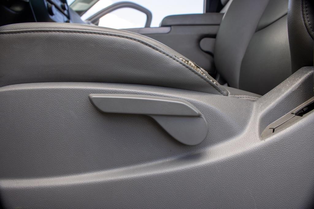 2017 Chevrolet Silverado 2500 Regular Cab 4x4, Pickup #FK0102A - photo 24