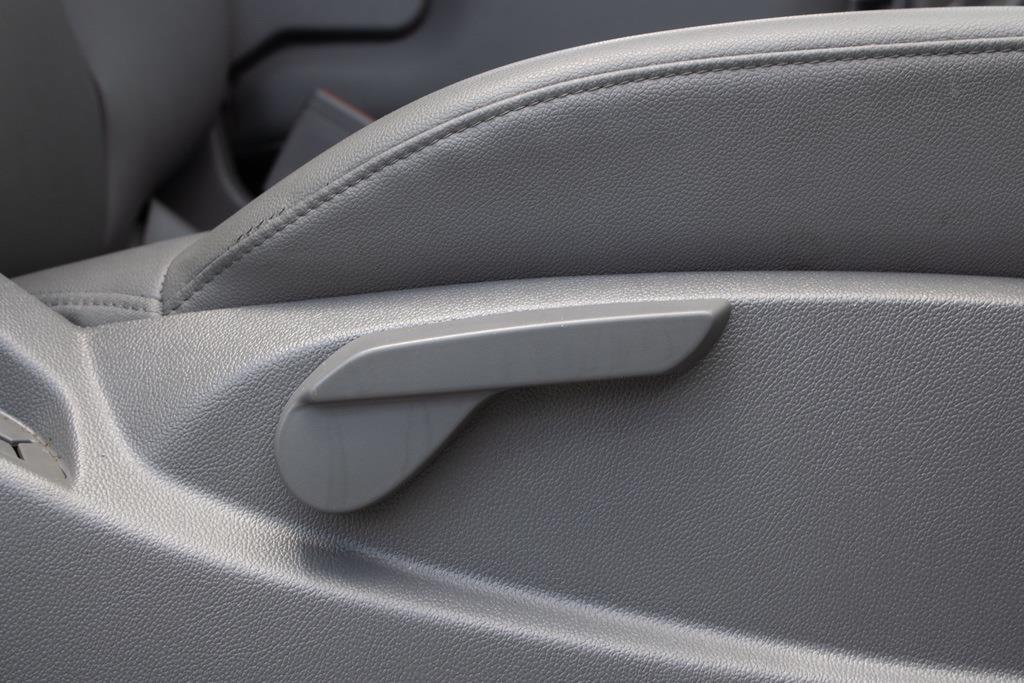 2017 Chevrolet Silverado 2500 Regular Cab 4x4, Pickup #FK0102A - photo 29