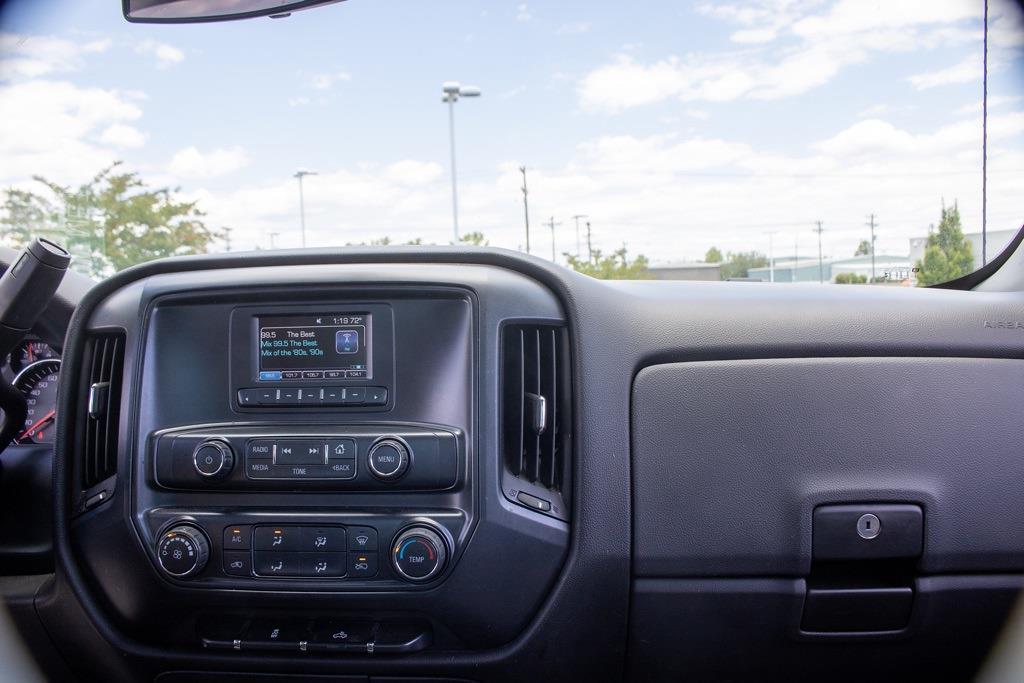 2017 Chevrolet Silverado 2500 Regular Cab 4x4, Pickup #FK0102A - photo 32