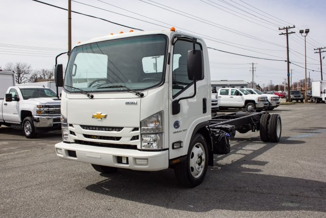 2017 LCF 5500XD Regular Cab 4x2,  Cab Chassis #FK02294 - photo 10