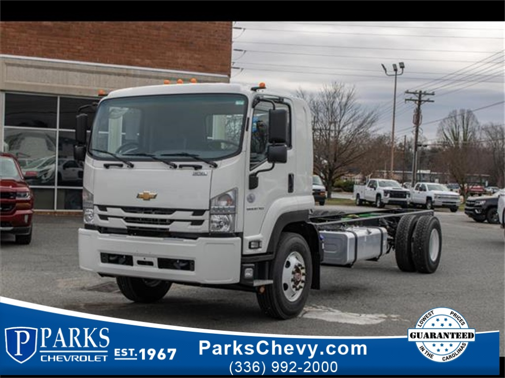 2020 Chevrolet LCF 6500XD Regular Cab DRW 4x2, Cab Chassis #FK0235 - photo 1