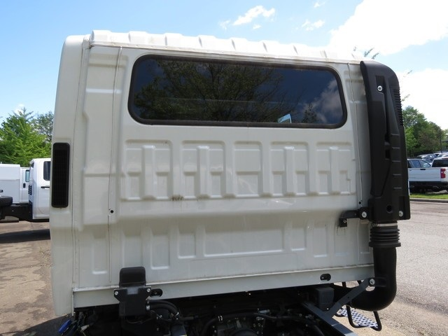 2018 Chevrolet LCF 5500HD Crew Cab 4x2, Cab Chassis #FK0294X - photo 29