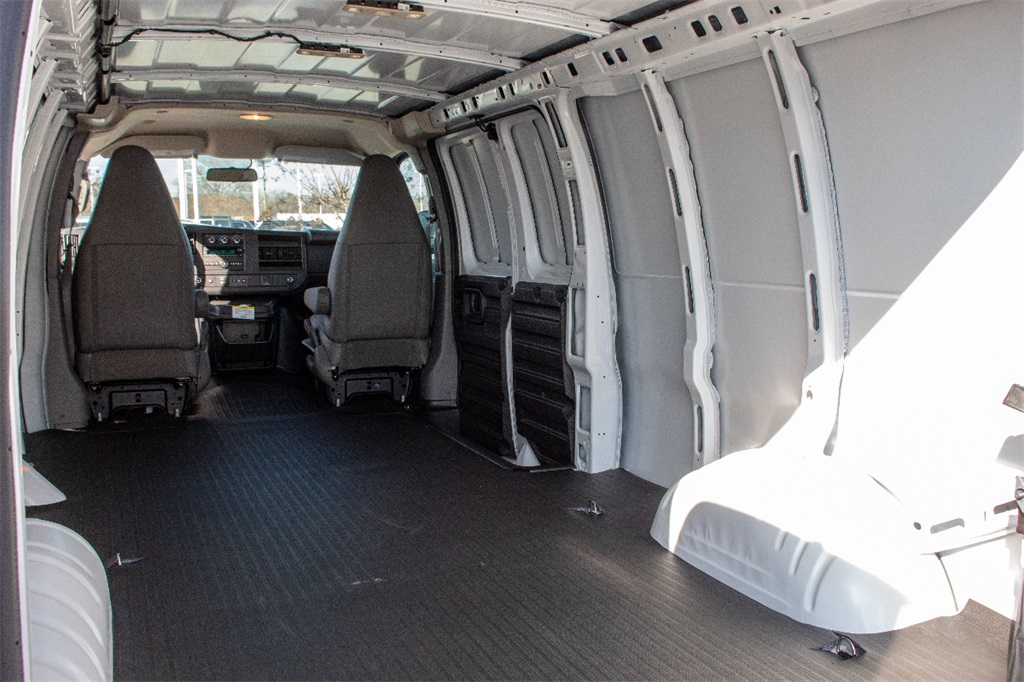 2019 Express 3500 4x2,  Empty Cargo Van #FK0459 - photo 2