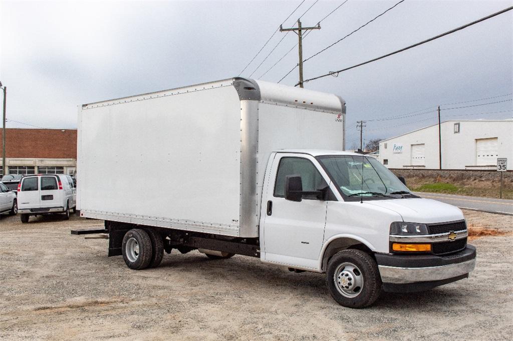 2019 Express 3500 4x2,  Supreme Cutaway Van #FK0538X - photo 10