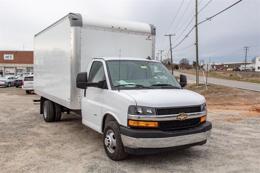 2019 Express 3500 4x2,  Supreme Cutaway Van #FK0538X - photo 11