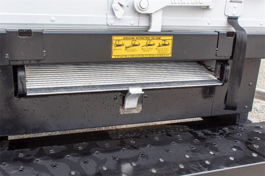 2019 Express 3500 4x2,  Supreme Cutaway Van #FK0538X - photo 5