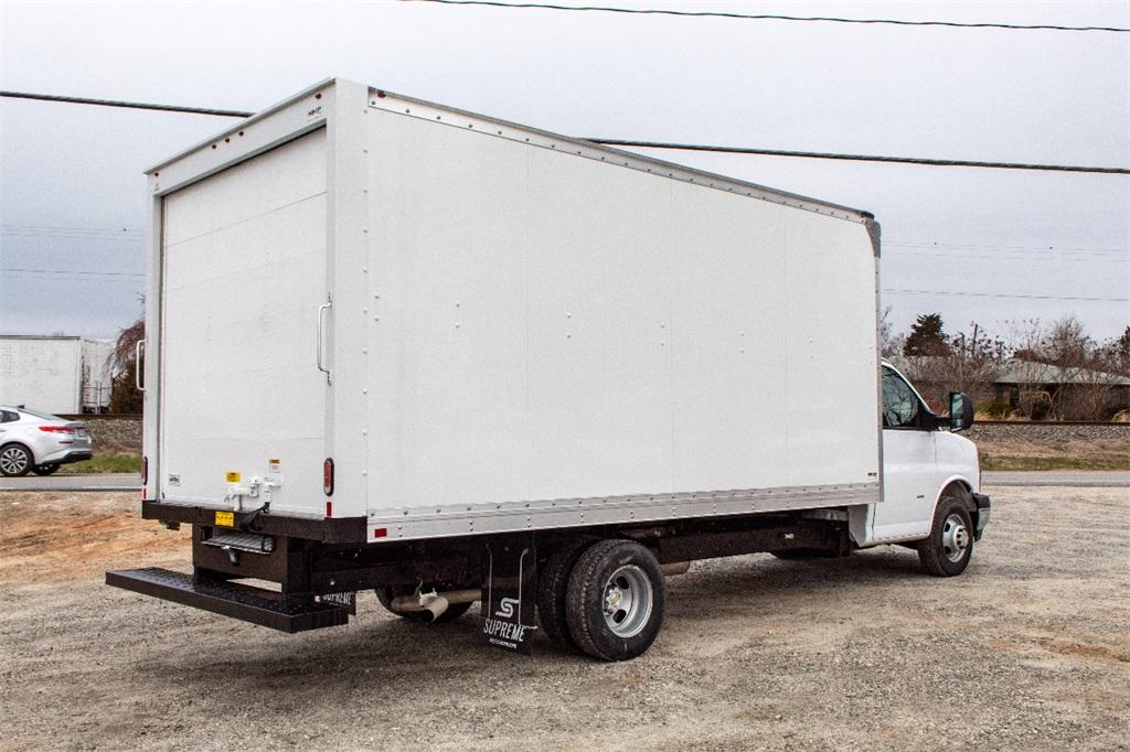 2019 Express 3500 4x2,  Supreme Cutaway Van #FK0538X - photo 8