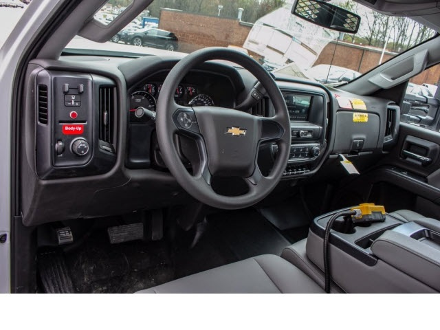 2018 Silverado 3500 Regular Cab DRW 4x2,  Monroe Platform Body #FK0555X - photo 3