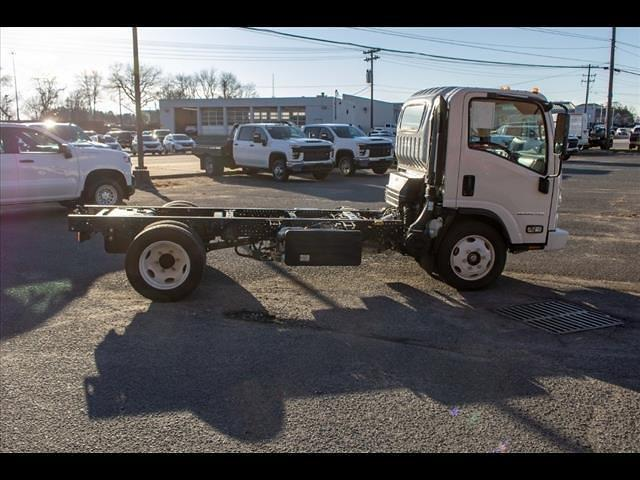 2020 LCF 5500XD Regular Cab DRW 4x2,  PJ's Truck Bodies Landscape Dump #FK0700 - photo 5