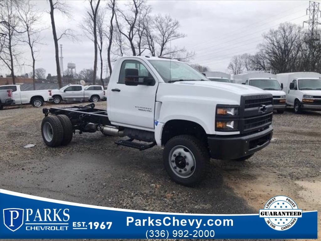 2020 Chevrolet Silverado 5500 Regular Cab DRW 4x4, Cab Chassis #FK13370 - photo 1