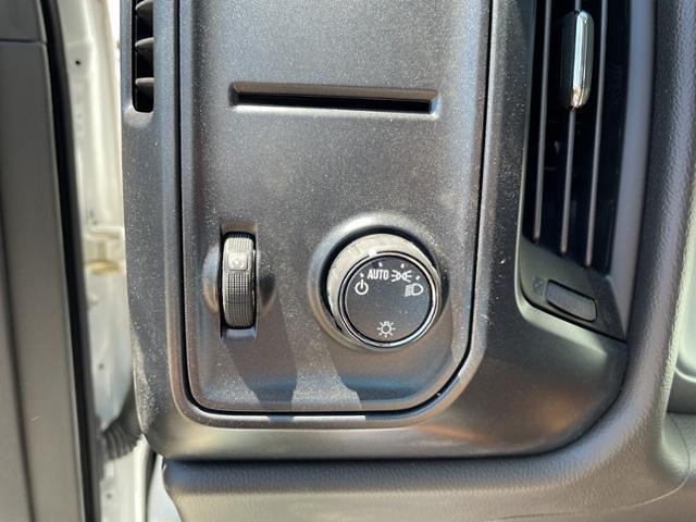 2019 Chevrolet Silverado 6500 Regular Cab DRW 4x2, Morgan Gold Star Dry Freight #FK1358X - photo 18