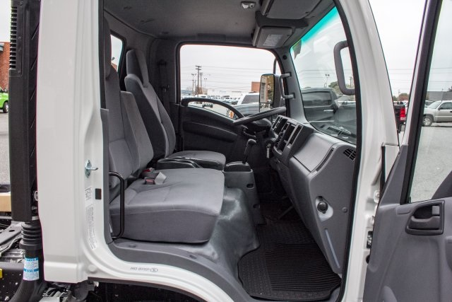 2017 LCF 4500HD Regular Cab, Supreme Dry Freight #FK2007 - photo 18