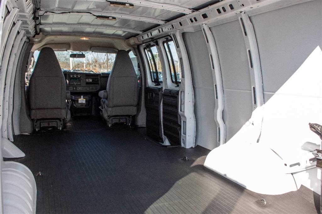 2019 Express 3500 4x2,  Empty Cargo Van #FK2380 - photo 2