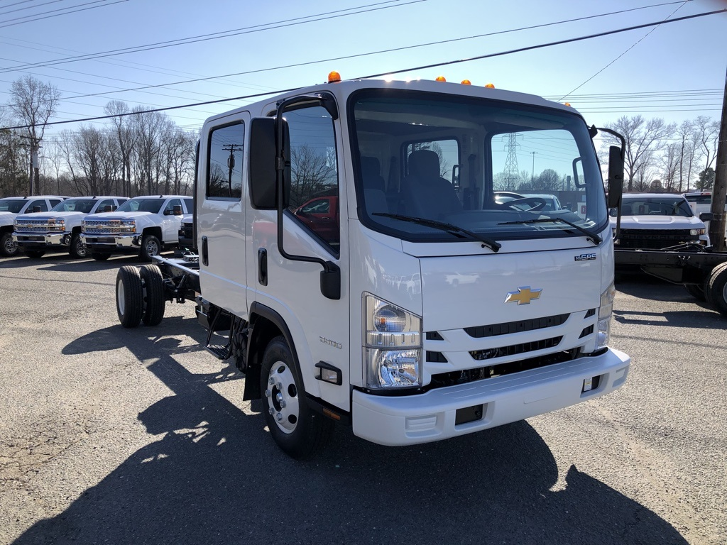 2019 LCF 3500 Crew Cab 4x2, Cab Chassis #FK2453 - photo 7