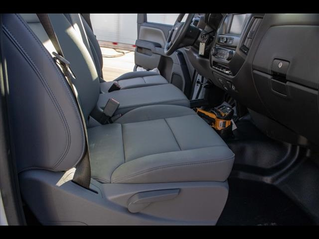 2020 Chevrolet Silverado 5500 Regular Cab DRW 4x4, Mechanics Body #FK3367 - photo 22