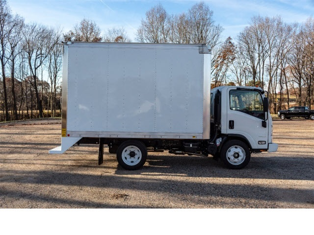 2018 LCF 4500 Regular Cab 4x2,  Mickey Truck Bodies Dry Freight #FK3588 - photo 8