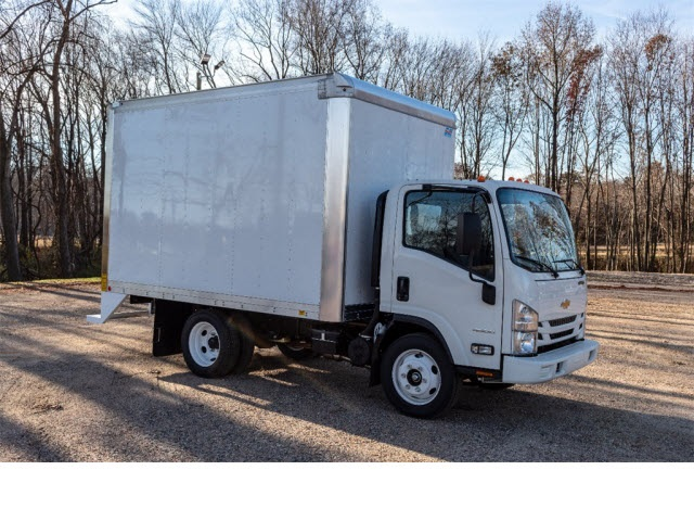2018 LCF 4500 Regular Cab 4x2,  Mickey Truck Bodies Dry Freight #FK3588 - photo 9