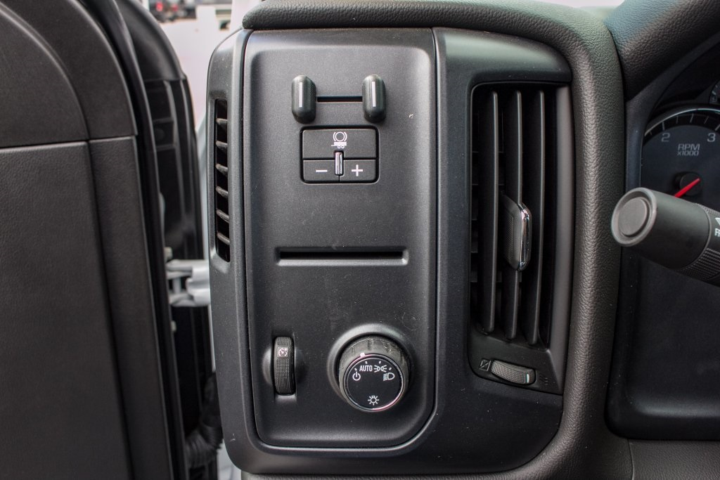 2018 Silverado 3500 Regular Cab DRW 4x2,  Freedom Platform Body #FK3874 - photo 13