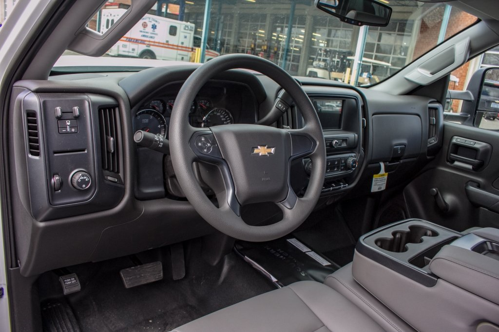 2018 Silverado 3500 Regular Cab DRW 4x2,  Freedom Platform Body #FK3874 - photo 3