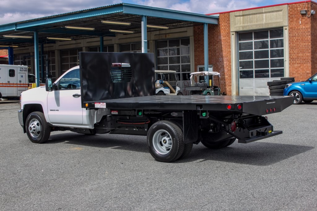2018 Silverado 3500 Regular Cab DRW 4x2,  Freedom Platform Body #FK3874 - photo 2