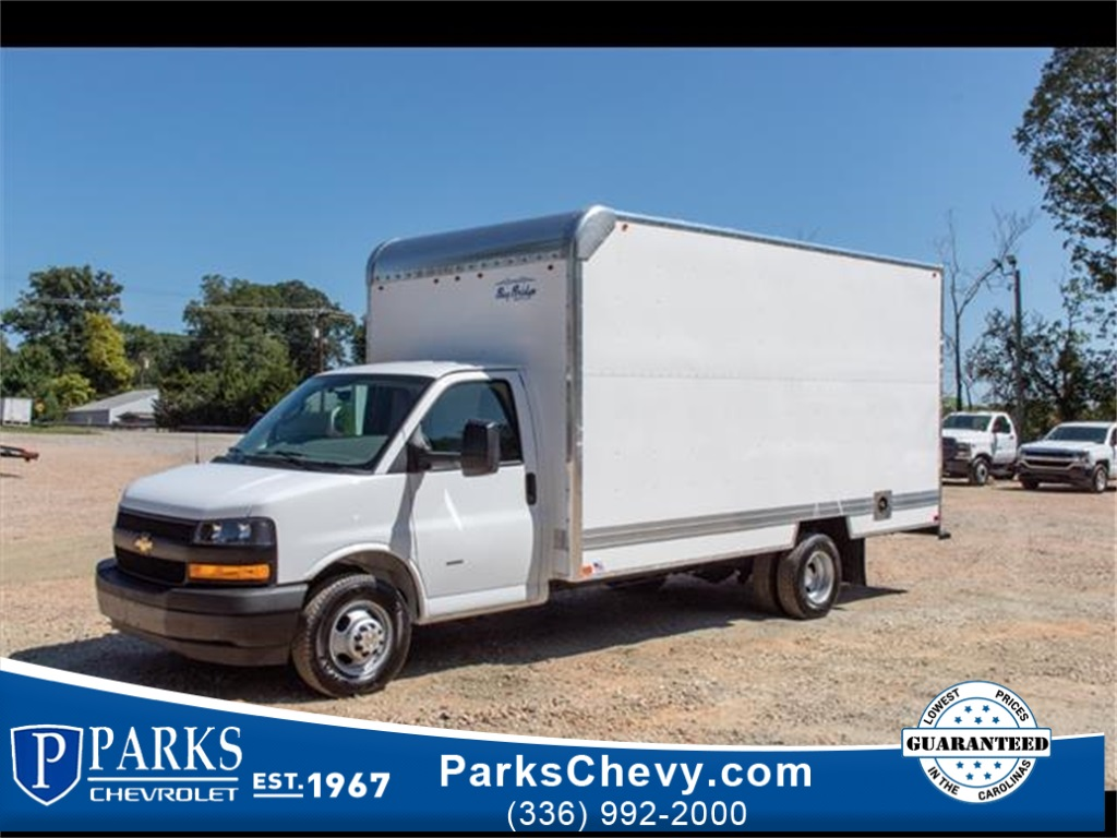 2019 Chevrolet Express 3500 4x2, Bay Bridge Cutaway Van #FK3929 - photo 1