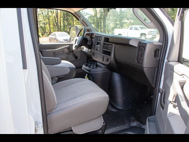 2019 Express 3500 4x2,  Bay Bridge Classic Cutaway Van #FK3929 - photo 13