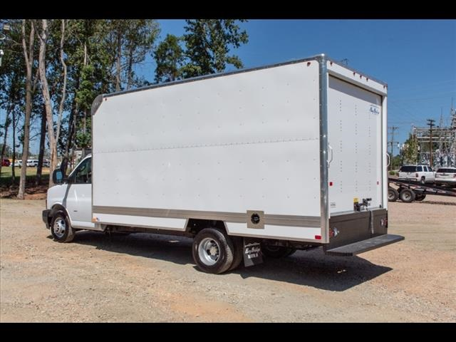 2019 Chevrolet Express 3500 4x2,  Bay Bridge Cutaway Van #FK3954 - photo 1