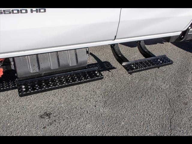 2020 Chevrolet Silverado 5500 Crew Cab DRW 4x2, Cab Chassis #FK3968 - photo 11