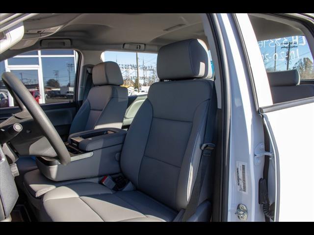 2020 Chevrolet Silverado 5500 Crew Cab DRW 4x2, Cab Chassis #FK3968 - photo 13