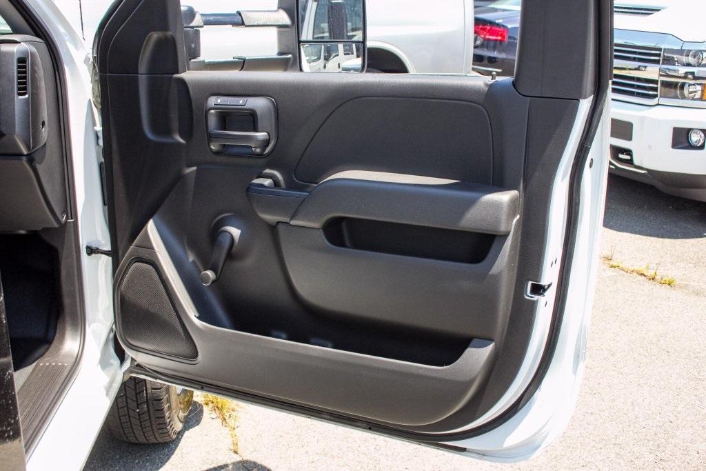 2017 Silverado 3500 Regular Cab DRW 4x4,  Knapheide Platform Body #FK3991 - photo 19