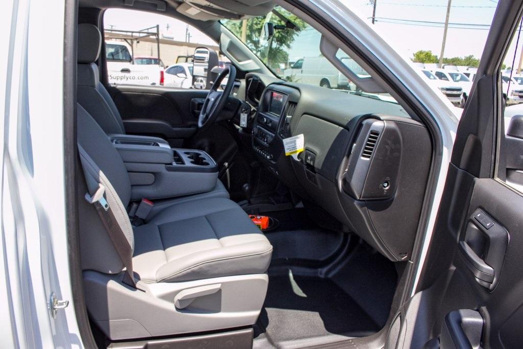2017 Silverado 3500 Regular Cab DRW 4x4,  Knapheide Platform Body #FK3991 - photo 20