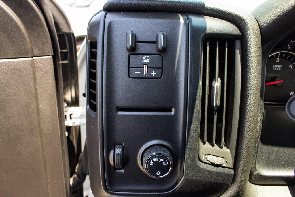 2017 Silverado 3500 Regular Cab DRW 4x4,  Knapheide Platform Body #FK3991 - photo 21