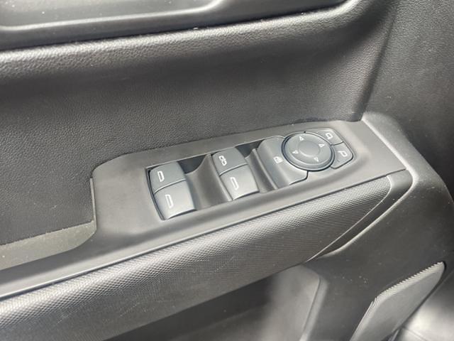 2020 Chevrolet Silverado 1500 Crew Cab 4x4, Pickup #FK4533A - photo 18