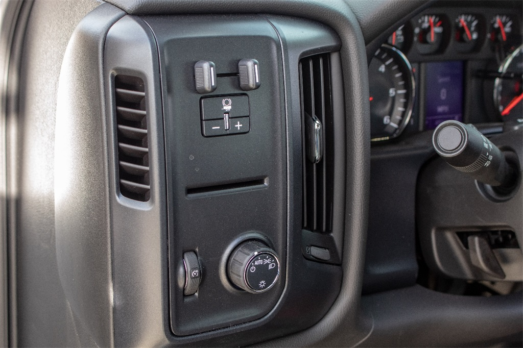 2018 Silverado 3500 Regular Cab DRW 4x2,  Freedom Dump Body #FK4826X - photo 16