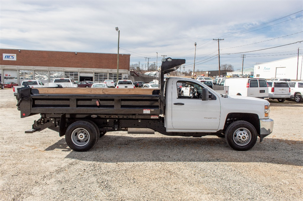 2018 Silverado 3500 Regular Cab DRW 4x2,  Freedom Dump Body #FK4826X - photo 7