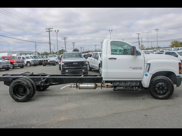 2019 Chevrolet Silverado 6500 Regular Cab DRW 4x2, Cab Chassis #FK50869 - photo 5