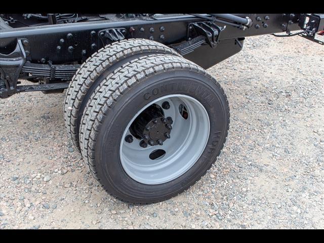 2019 Chevrolet Silverado 6500 Regular Cab DRW 4x2, Cab Chassis #FK51578 - photo 11