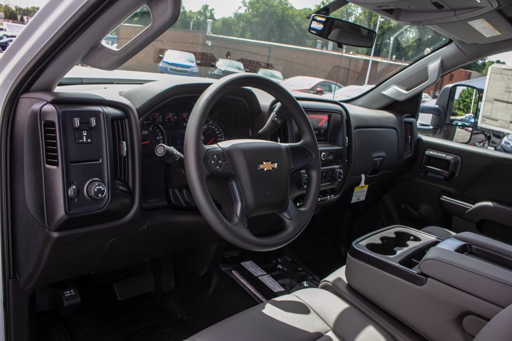 2018 Silverado 3500 Regular Cab DRW 4x2,  Freedom Platform Body #FK5706 - photo 3