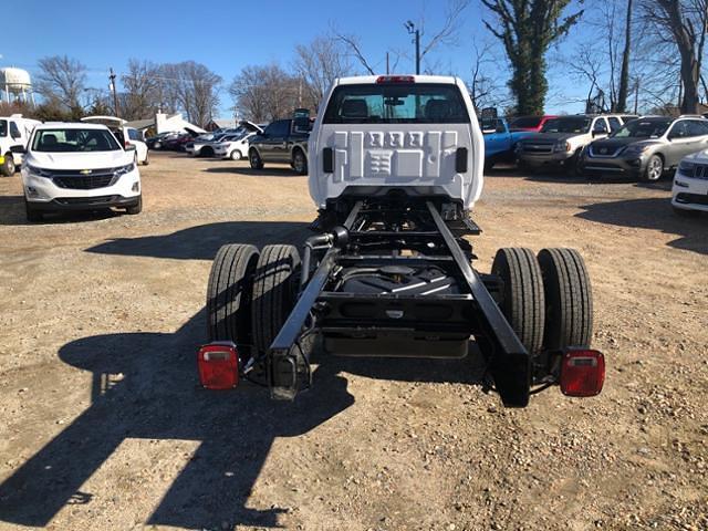 2020 Chevrolet Silverado 5500 Regular Cab DRW 4x2, Cab Chassis #FK5725 - photo 4