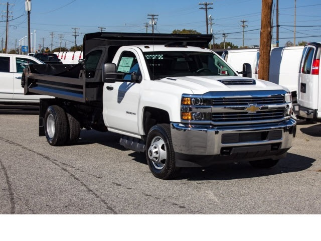 2017 Silverado 3500 Regular Cab DRW 4x2,  Knapheide Dump Body #FK5778 - photo 3